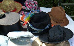 hats-228599_1280